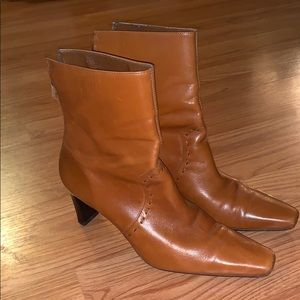 Unisa Brown Genuine Leather Boots